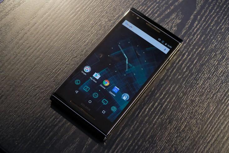 «Антишпионский» смартфон Sirin Labs Solarin, оснащённый SoC Snapdragon 810, оценивается в 14 000 долларов